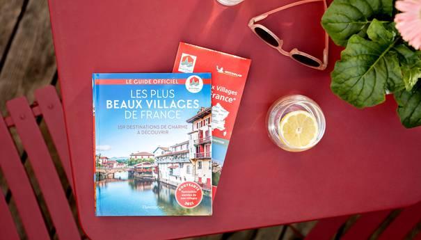 Guide et carte Les Plus Beaux Villages de France® : préparez votre séjour !