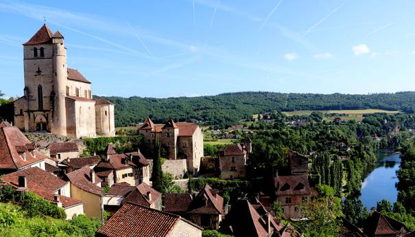 Les Plus Beaux Villages de France et Le Village Préféré des Français : success stories à la campagne !