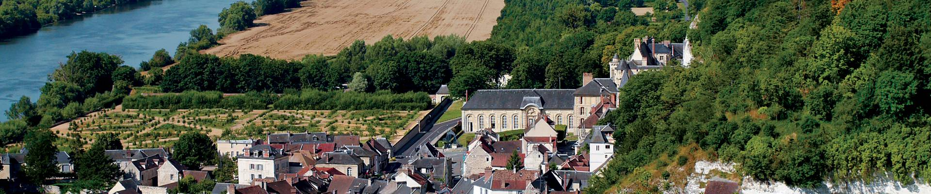 Vue sur La Roche-Guyon