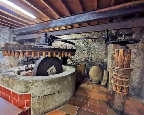 Moulin à huile traditionnel