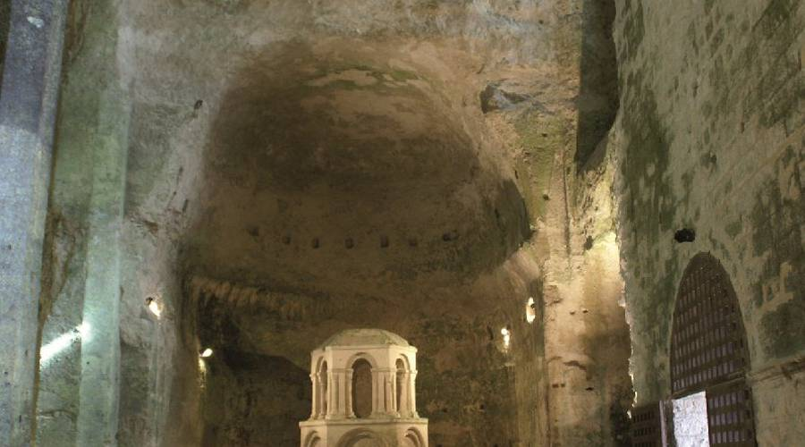 Eglise souterraine Saint-Jean
