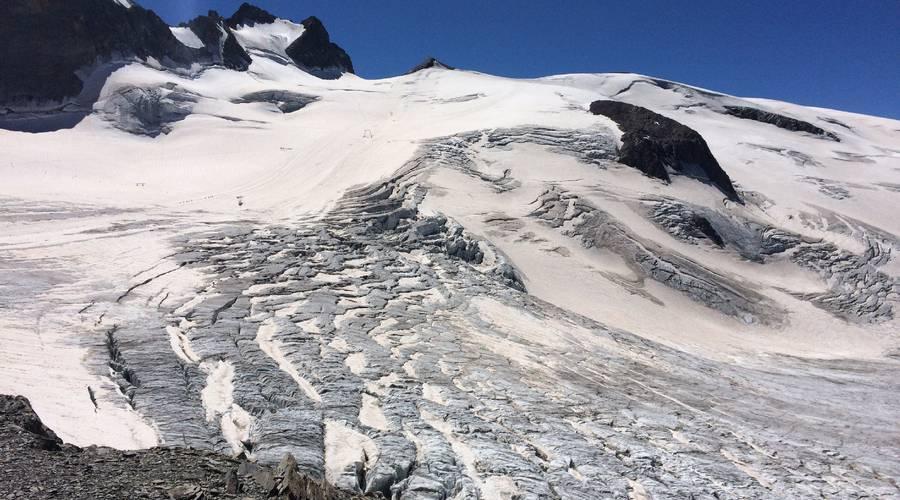 Glaciers de la Meije et grotte de glace