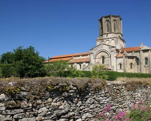 Eglise de Vouvant et sa nef Théodelin