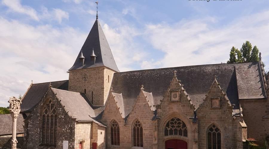 Eglise collégiale N-D de la Tronchaye