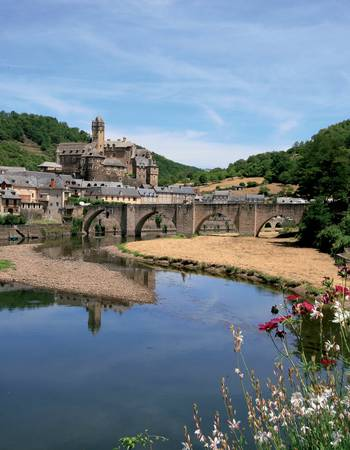 Estaing image