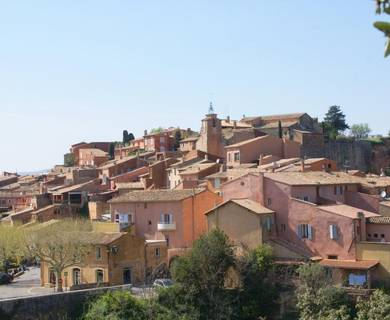 Belvédère sur le village de Roussillon