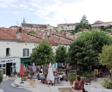Place Ludovic Trarieux