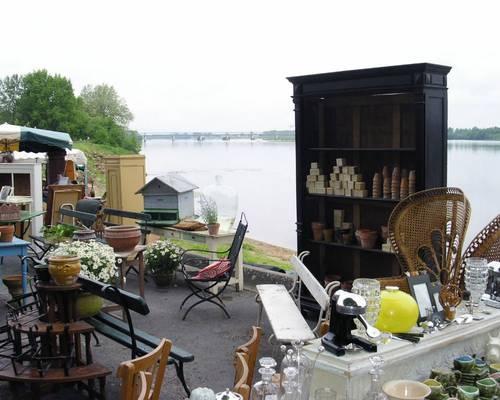 Les Puces de Montsoreau