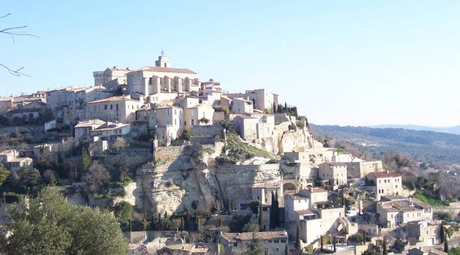 Point de vue sur le village de Gordes